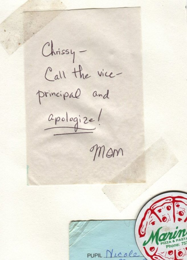 "The Middlest Sister: The Refrigerator. ""Chrissy, Call the vice-principal and apologize!"""